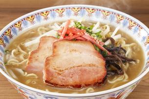 豚骨ラーメン Ramen Japanese Noodlesの写真素材 [FYI04662091]