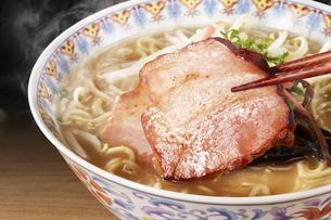 豚骨ラーメン Ramen Japanese Noodlesの写真素材 [FYI04662100]
