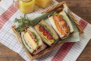 サンドウィッチ (sandwich)の写真素材 [FYI04662107]