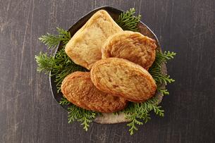 さつま揚げ (deep fried ball of fish paste)の写真素材 [FYI04662136]