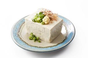 島豆腐-沖縄料理-切り抜き-影イキの写真素材 [FYI04662155]