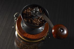 コーヒーミルの写真素材 [FYI04662427]
