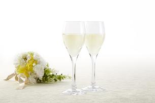 スパークリングワイン-白-白ワインの写真素材 [FYI04662550]