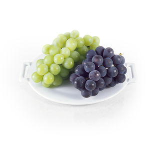 マスカットとピオーネ (muscat grape on white background)の写真素材 [FYI04662798]