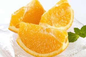カットオレンジの写真素材 [FYI04662917]