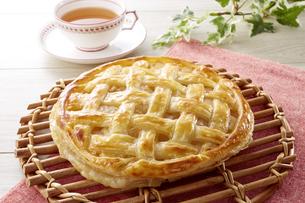 アップルパイ (homemade apple pie)の写真素材 [FYI04662973]