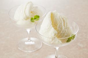 バニラアイス (vanilla ice cream)の写真素材 [FYI04663148]