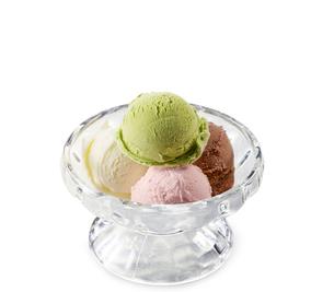 アイスクリーム(バニラ、チョコ、ストロベリー、抹茶)の写真素材 [FYI04663157]
