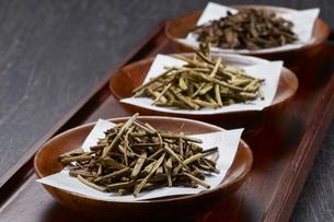 ほうじ茶(棒茶 加賀棒茶 ノーマル)3種類の写真素材 [FYI04663200]
