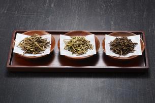ほうじ茶3種(棒茶 加賀棒茶 ノーマル)の写真素材 [FYI04663205]