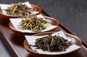 ほうじ茶(ノーマル 加賀棒茶 棒茶)3種類の写真素材 [FYI04663215]