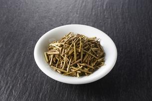 ほうじ茶(加賀棒茶)の写真素材 [FYI04663221]