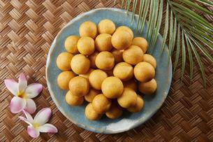 カイムカイノッククラター(タイのうずら型のサツマイモのお菓子)の写真素材 [FYI04663290]