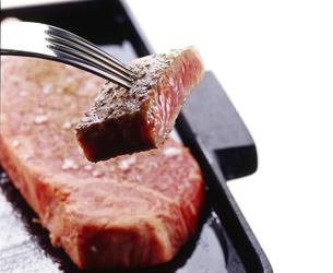 ステーキの写真素材 [FYI04663633]