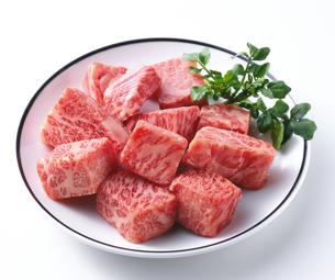 牛サイコロステーキの写真素材 [FYI04663658]