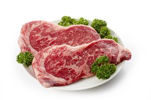 国産牛ロースステーキ用の写真素材 [FYI04663694]