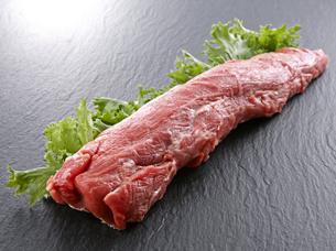 豚ヒレ肉の写真素材 [FYI04663822]