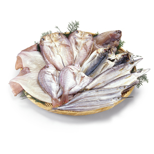 干物(するめいか、連子鯛、甘鯛、真あじ、さより、かます)の写真素材 [FYI04664055]