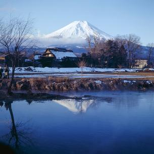 30年以上前に撮影された富士山の写真の写真素材 [FYI04665081]