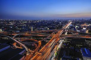 東大阪ジャンクションの夜景の写真素材 [FYI04665156]
