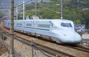 新幹線 N700系8000番台の写真素材 [FYI04665612]