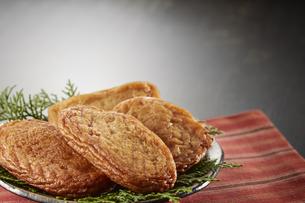 さつま揚げ (deep fried ball of fish paste)の写真素材 [FYI04666106]