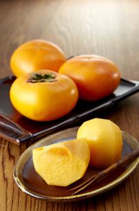 Japanese persimmon (刀根柿)の写真素材 [FYI04666152]