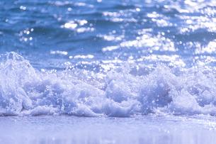 波の写真素材 [FYI04666553]