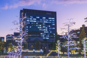 お茶の水ソラシティのイルミネーション 東京の写真素材 [FYI04667039]