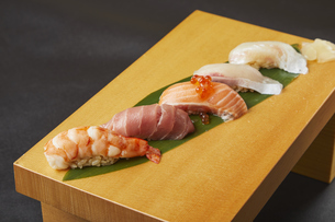寿司盛り合わせの写真素材 [FYI04667287]