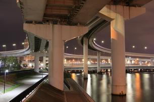 有明ジャンクションの夜景の写真素材 [FYI04668376]