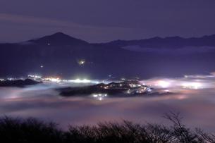 秩父の雲海夜景の写真素材 [FYI04668400]