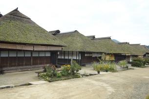 福島県大内宿の家並みの写真素材 [FYI04668890]