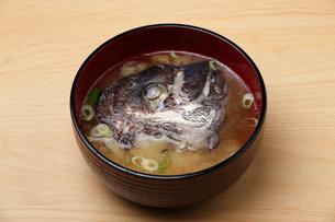 魚の味噌汁,鯛のあら汁の写真素材 [FYI04669043]