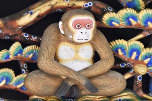 神厩舎 猿の彫刻25の写真素材 [FYI04669885]
