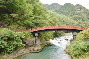 日光二荒山神社 神橋02の写真素材 [FYI04669929]