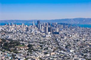ツインピークからサンフランシスコの町並みの写真素材 [FYI04670740]