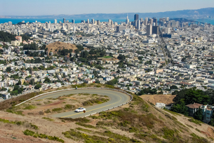 ツインピークからサンフランシスコの町並みの写真素材 [FYI04670741]