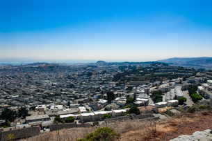 ツインピーク展望台からサンフランシスコの街並みの写真素材 [FYI04670759]