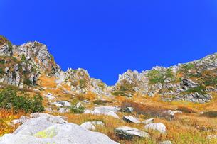 秋の中央アルプス千畳敷カールの写真素材 [FYI04671178]
