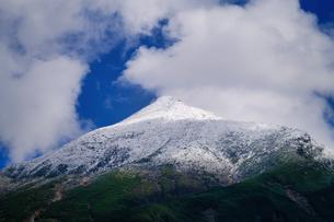 初冠雪の写真素材 [FYI04671381]