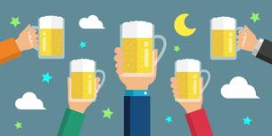 ビールで乾杯・ビアガーデン・夏・飲み会・打ち上げ・キャンプ イメージのイラスト素材 [FYI04671396]