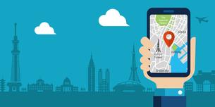 地図アプリを利用して東京観光しているイメージのwebバナー/ 文字スペースあり(観光・アプリ・地図)のイラスト素材 [FYI04671408]