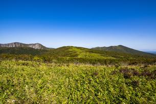 摩周岳と西別岳の写真素材 [FYI04671731]