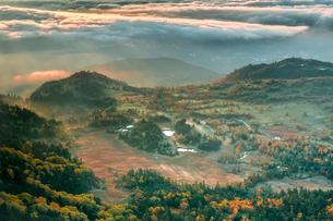 2172mからの芳ヶ平湿原の写真素材 [FYI04672152]