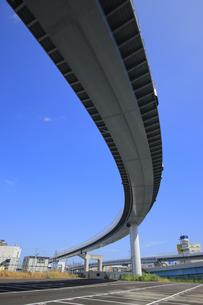 宙を走る高速道路の写真素材 [FYI04673635]