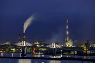 福島県 小名浜工場夜景の写真素材 [FYI04674239]