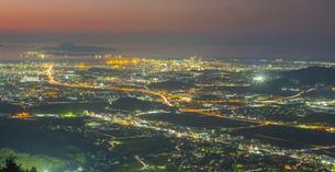 福岡県 風景 福岡市街夕景 の写真素材 [FYI04675038]