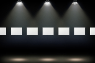 壁かけ額縁とスポットライトの背景グラフィックス素材の写真素材 [FYI04675237]