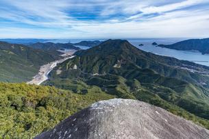 便石山 象の背の風景の写真素材 [FYI04675424]